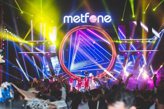 Metfone - Chiếc cầu nối phát triển kinh tế, xã hội của Việt Nam và Campuchia