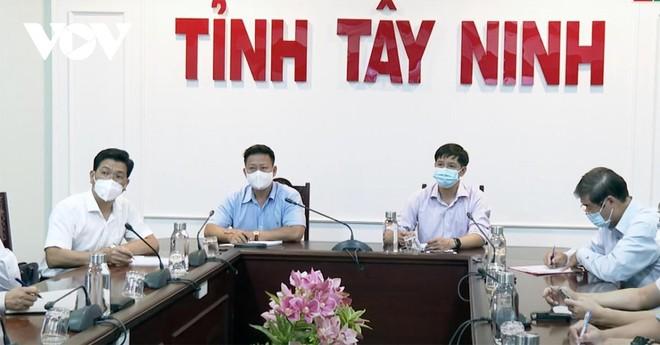 Tây Ninh họp khẩn vì xuất hiện 3 ca nghi mắc Covid-19.