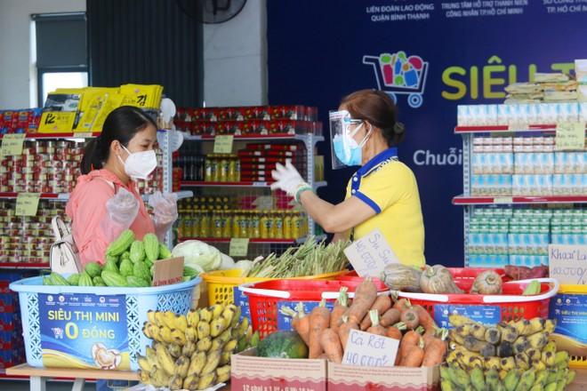 PNJ mở nhiều siêu thị 0 đồng để hỗ trợ người dân bị ảnh hưởng bởi Covid-19 ảnh 3