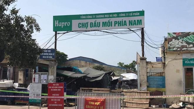 Thông báo khẩn: Hà Nội tìm người đã từng đến mua trứng tại chợ đầu mối Đền Lừ