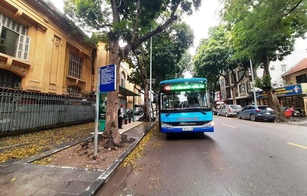 Xe buýt Hà Nội sắp được hoạt động trở lại sau thời gian phải tạm dừng do ảnh hưởng của dịch COVID-19. (Ảnh: Việt Hùng/Vietnam+).