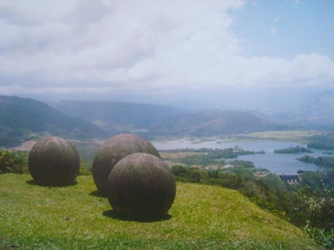 Những viên đá tròn hàng nghìn năm tuổi ở Costa Rica và điều bí ẩn kỳ lạ chưa từng được khám phá của ngành khảo cổ học ảnh 1