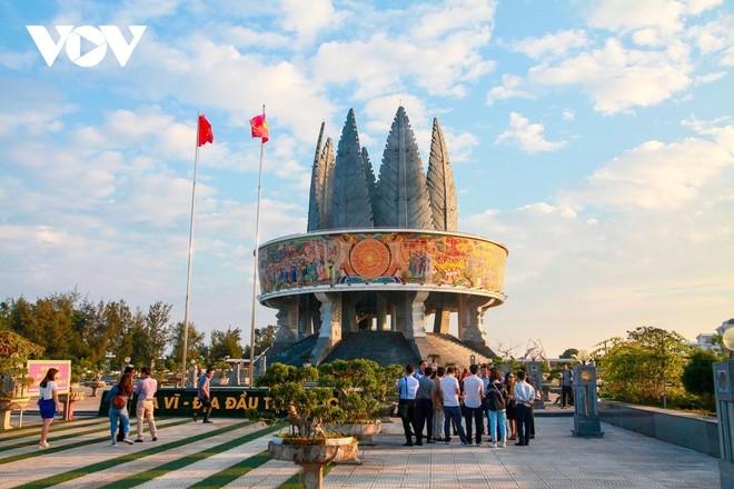 Quảng Ninh mở lại một số hoạt động du lịch nội tỉnh từ 0h ngày 21/9/2021.