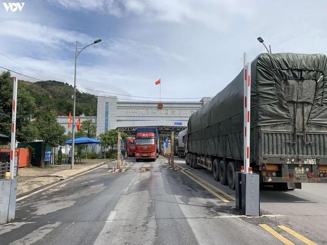 Xuất nhập khẩu hàng hóa tại cửa khẩu Chi Ma. Ảnh chụp ngày 23/9/2021.