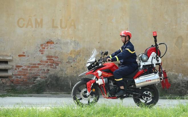 Dàn môtô đặc chủng của cảnh sát chữa cháy Việt Nam ảnh 10