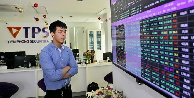 TPBank sẽ tiếp tục mua cổ phiếu Chứng khoán Tiên Phong (ORS) để duy trì tỷ lệ sở hữu 9,01%