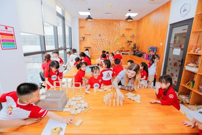 Từ Robot trợ lý đến mục tiêu phát triển tư duy lập trình của thế hệ học sinh Sunshine Maple Bear