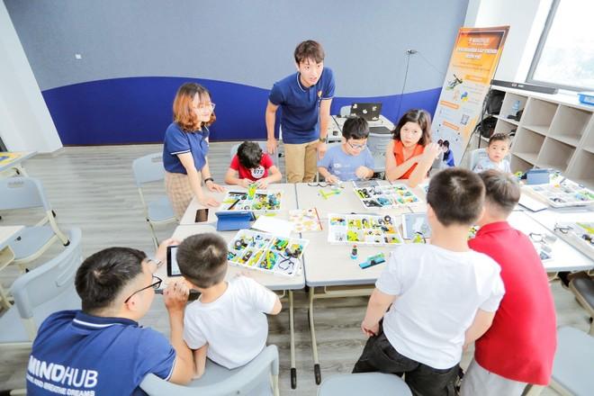 Từ Robot trợ lý đến mục tiêu phát triển tư duy lập trình của thế hệ học sinh Sunshine Maple Bear ảnh 2
