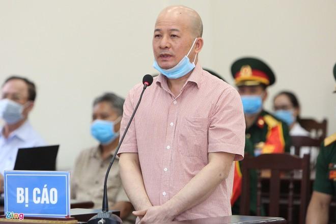 Ông Đinh Ngọc Hệ tại phiên tòa trước (ảnh Zing)