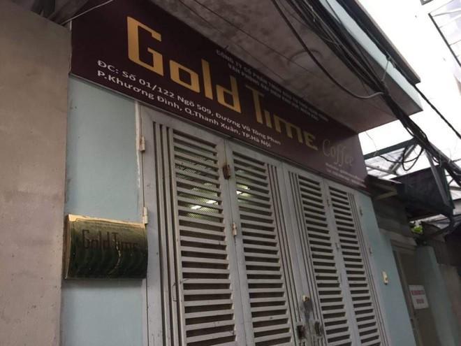 Một quán cafr Goldtimr nằm trong con hẻm sâu hun hút ở Hà Nội.