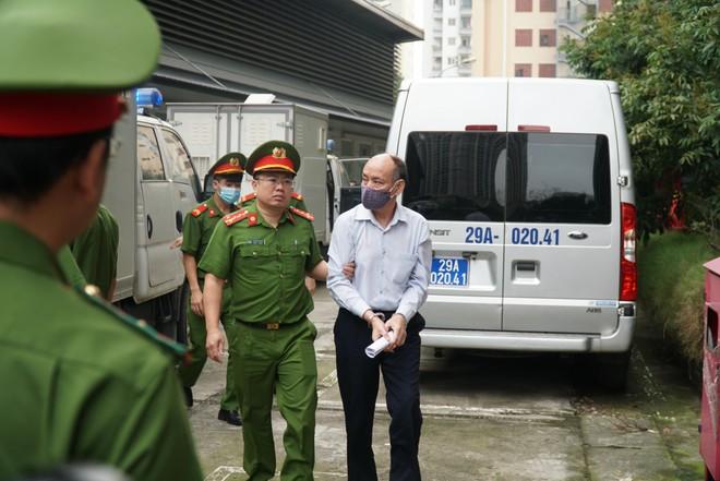 Vụ Gang thép Thái Nguyên: Đề nghị triệu tập ông Vũ Huy Hoàng ảnh 1
