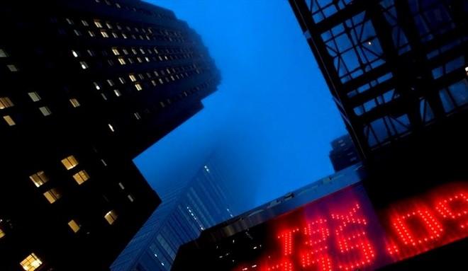 Nhu cầu mua cổ phiếu quỹ của doanh nghiệp Mỹ sụt giảm mạnh nhất kể từ sự kiện 11/9