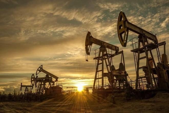 Giá dầu giảm với nguy cơ phong tỏa ở châu Âu làm mờ triển vọng về nhu cầu