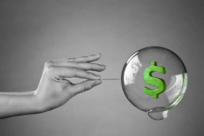 Cổ phiếu công nghệ bị bán tháo trên toàn cầu khi lo ngại lạm phát bùng phát