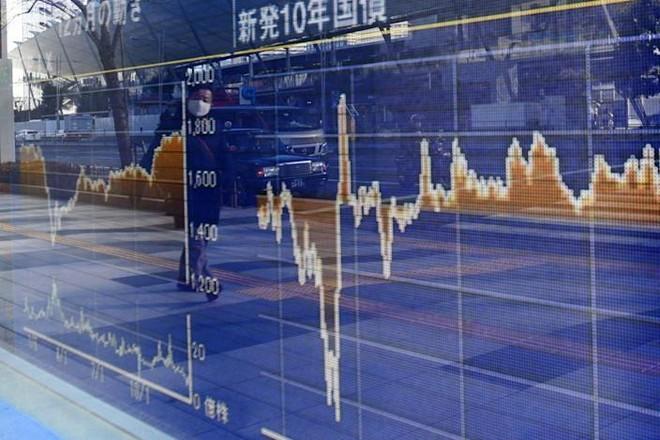Chứng khoán Châu Á điều chỉnh do lo ngại lạm phát và đại dịch