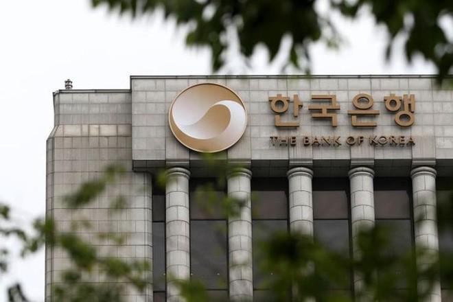 Các ngân hàng trung ương đang báo hiệu sự thay đổi chính sách tiền tệ