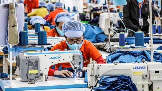 Các thương hiệu thời trang lớn đề xuất Mỹ cung cấp thêm vắc xin cho ngành may mặc và giày tại Việt Nam