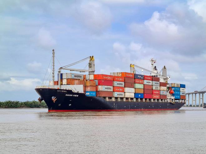Vận tải và Xếp dỡ Hải An (HAH): Đầu tư Sao Á D.C vừa bán ra 570.400 cổ phiếu