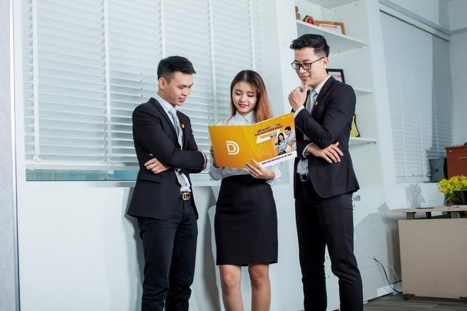 VNDIRECT là công ty chứng khoán đầu tiên tại Việt Nam mạnh dạn áp dụng hình thức trả phí trước, giao dịch sau cho khách hàng của mình với sản phẩm TOMATO 30