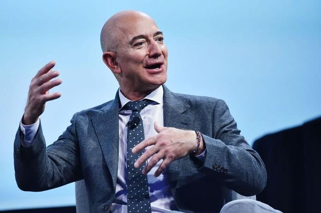 Tỷ phú Jeff Bezos kiếm về hơn 36 tỷ USD trong đại dịch.