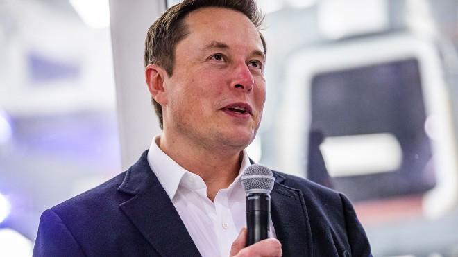 Elon Musk cảnh báo nhân viên về nguy cơ cổ phiếu của Tesla sụp đổ