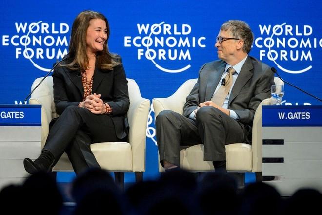 """Bill Gates bị tố """"tán tỉnh"""" nhiều đồng nghiệp nữ dù đã có vợ ảnh 1"""