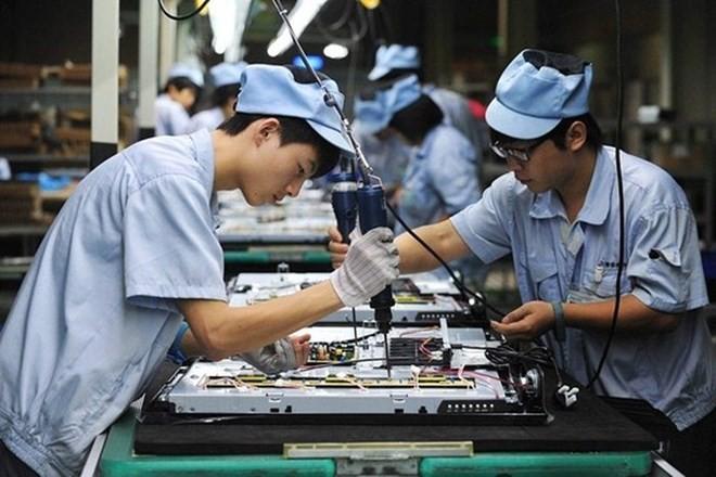 Các công ty ASEAN đang lạc quan về triển vọng kinh doanh của họ, nhưng vẫn cẩn trọng đối với sự gia tăng chủ nghĩa bảo hộ.