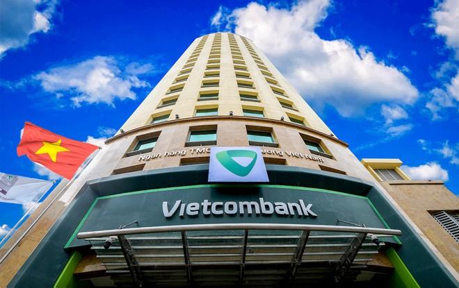 Vietcombank cơ cấu lại thời hạn trả nợ và giữ nguyên nhóm nợ với khách hàng chịu ảnh hưởng bởi Covid-19
