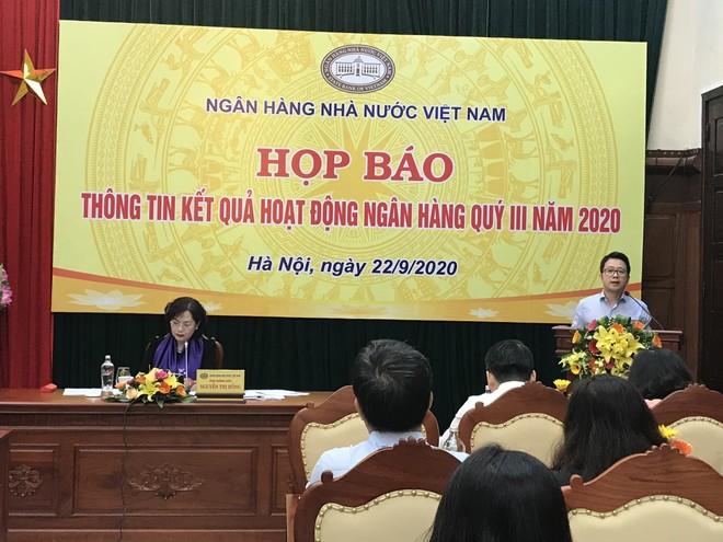 Dự kiến hết năm 2020, thu phí dịch vụ thanh toán của NHNN giảm khoảng 285 tỷ đồng ảnh 1
