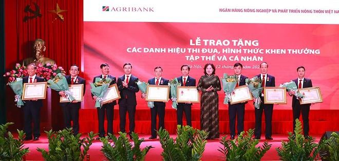 Agribank đạt lợi nhuận 12.869 tỷ đồng năm 2020, vượt khoảng 3% so với kế hoạch ảnh 1