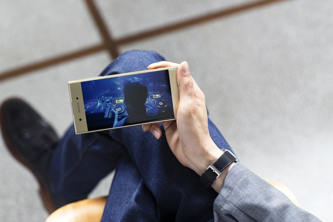 Sony giới thiệu Xperia XA1 Plus – Tiên phong camera phone