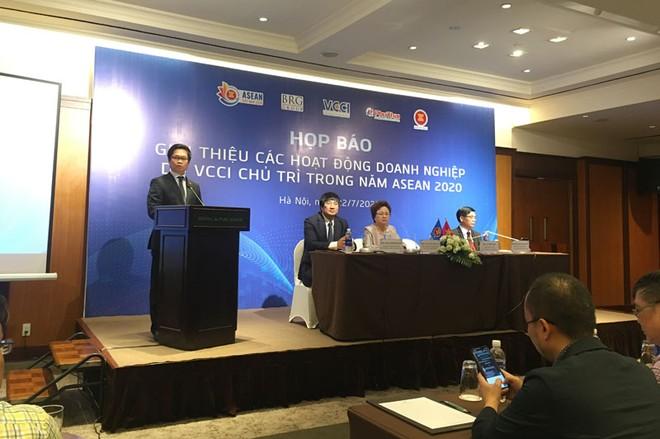 Công bố chuỗi sự kiện nổi bật của cộng đồng doanh nghiệp Việt Nam năm ASEAN 2020