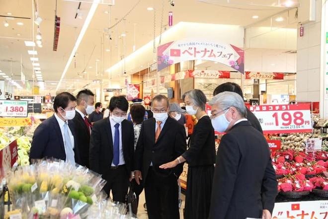 Thị trường Nhật nồng nhiệt đón nhận Tuần hàng Việt Nam tại siêu thị AEON Lake Town Saitama