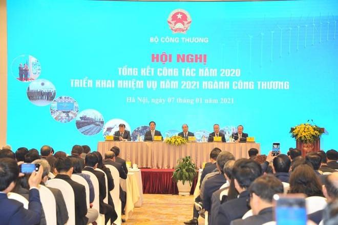 Toàn cảnh Hội nghị tổng kết công tác năm 2020 và triển khai nhiệm vụ năm 2021 ngành Công thương
