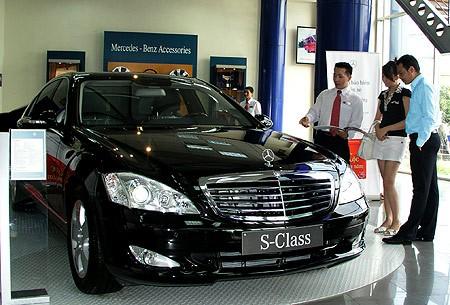 Hải quan ra văn bản gỡ thủ tục nhập khẩu ô tô