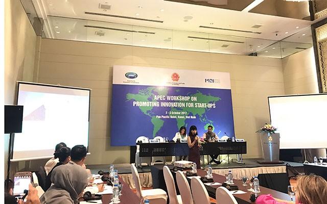 Chị Từ Thu Hiền, Giám đốc MBI Mekong Business Initiative phát biểu tại hội thảo