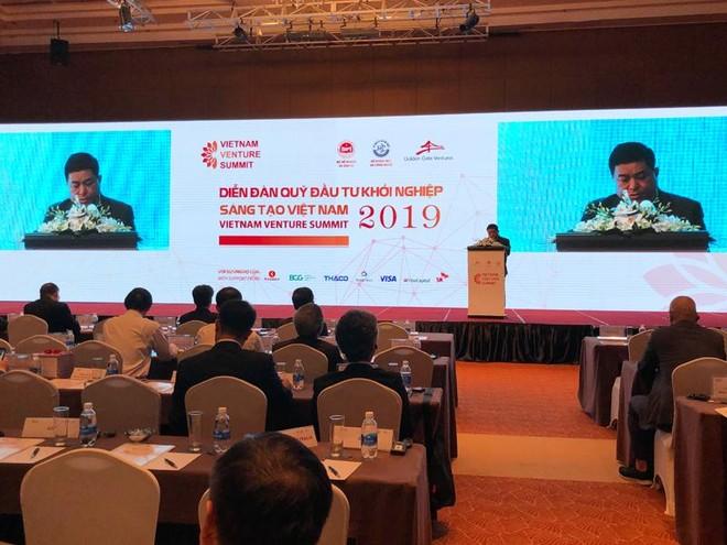Bộ trưởng Nguyễn Chí Dũng cho biết, Việt Nam coi đổi mới, sáng tạo là một động lực quan trọng, là chìa khóa của tăng trưởng nhanh và phát triển bền vững.