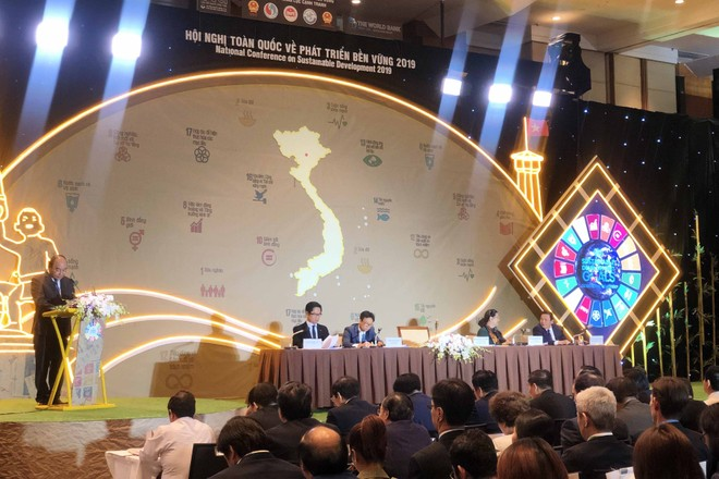 Thủ tướng Chính phủ Nguyễn Xuân Phúc chủ trì Hội nghị toàn quốc về Phát triển bền vững 2019.
