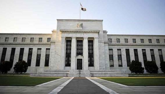 Chủ tịch Fed Jerome Powell cho biết sẽ tiếp tục hạ lãi suất nếu có bằng chứng cho thấy kinh tế Mỹ đang chững lại. Ảnh: AFP