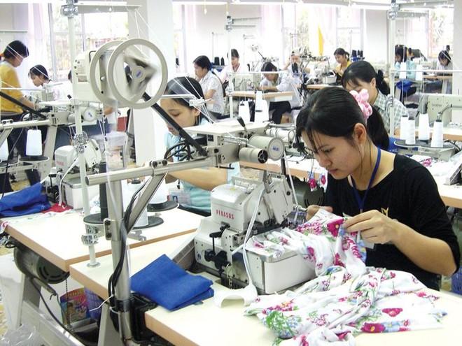 Nếu không có gì thay đổi, ngành dệt may sẽ đạt kim ngạch xuất khẩu 40 tỷ USD vào cuối năm nay.