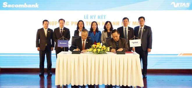 Lễ ký kết giữa Sacombank và Hiệp hội Dệt may Việt Nam.