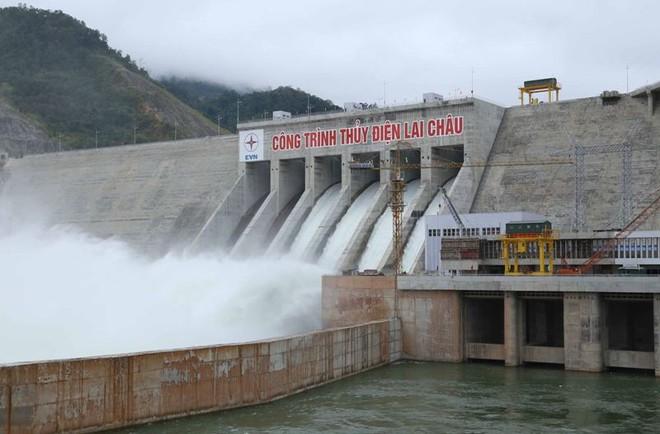 Bộ Công Thương đã phối hợp với UBND các tỉnh xem xét loại bỏ khỏi quy hoạch 08 dự án thủy điện bậc thang, 471 DATĐ nhỏ và 213 vị trí tiềm năng thủy điện trong giai đoạn 2012-2018.