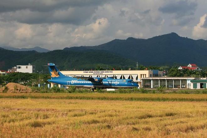 Theo quyết định phê duyệt điều chỉnh quy hoạch của Bộ GTVT, sân bay Ðiện Biên có tổng nhu cầu sử dụng đất là 201,39ha. Ðây là cảng hàng không nội địa có hoạt động bay quốc tế, là sân bay dùng chung dân dụng và quân sự.