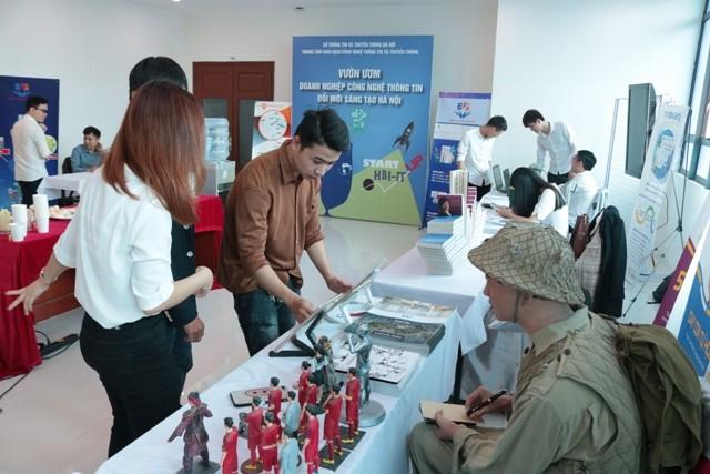 Vườn ươm công nghệ thông tin Hà Nội công nhận tốt nghiệp 24 dự án khởi nghiệp ảnh 1