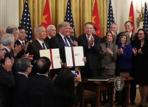 Lễ ký thỏa thuận thương mại Mỹ - Trung giai đoạn 1 tại Nhà Trắng hôm 15/1. Ảnh: AFP