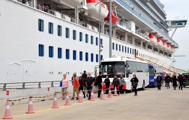 Tàu Diamond Princess có mặt tại Hạ Long vào ngày 28/1/2020