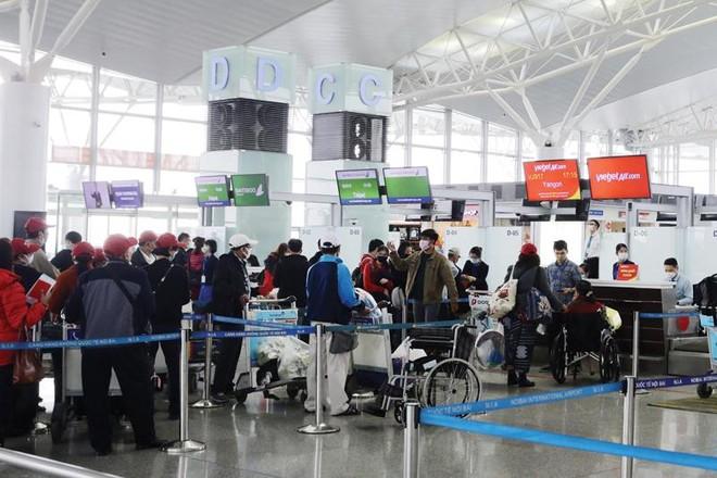 Dịch Covid-19 đang tác động tới nhiều ngành kinh tế, trong đó có du lịch, hàng không.