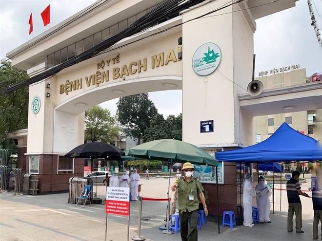 Bệnh viện Bạch Mai được xác định là ổ dịch, Thủ tướng chỉ đạo khẩn trương truy vết, áp dụng ngay các biện pháp phù hợp đối với tất cả các trường hợp có nguy cơ