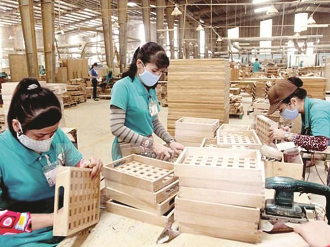 Với quyết điịnh phê chuẩn của Hội đồng châu Âu, EVFTA hiện chỉ còn chờ Quốc hội Việt Nam phê chuẩn sẽ chính thức có hiệu lực, tạo điều kiện để hàng hóa Việt Nam thâm nhập thị trường có quy mô GDP lên tới 18.000 tỷ USD.
