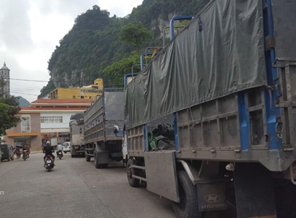 Cửa khẩu biên giới Tân Thanh - Pò Chài được khôi phục thông quan trở lại từ ngày 1/5, sớm hơn 5 ngày so với dự kiến ban đầu.
